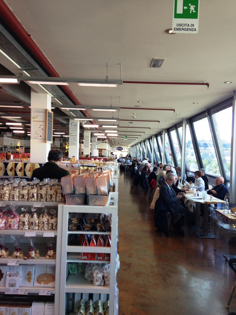 restaurantes-eataly-genova-italia-compras