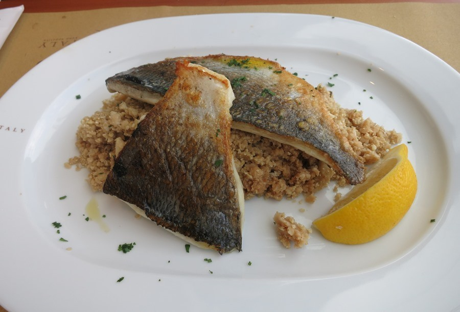 restaurantes-eataly-genova-italia-prato-peixe