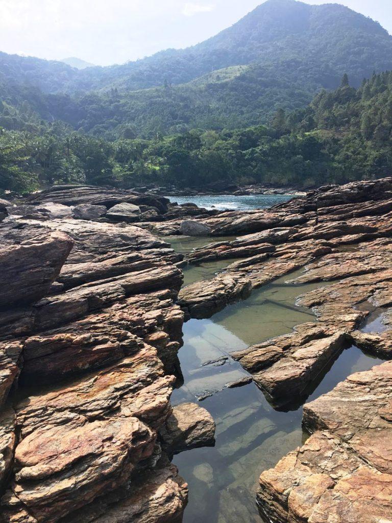 o-que-fazer-em-maresias-litoral-norte-sao-paulo-piscinas-naturais