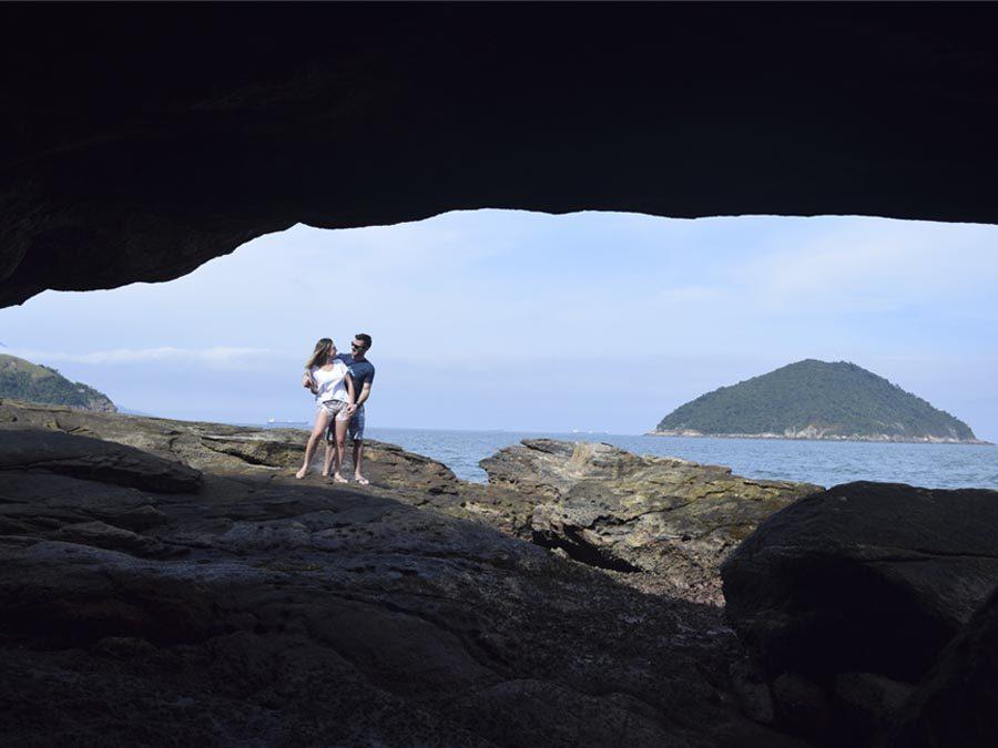 o-que-fazer-em-maresias-litoral-norte-sao-paulo-praia-de-calhetas-gruta