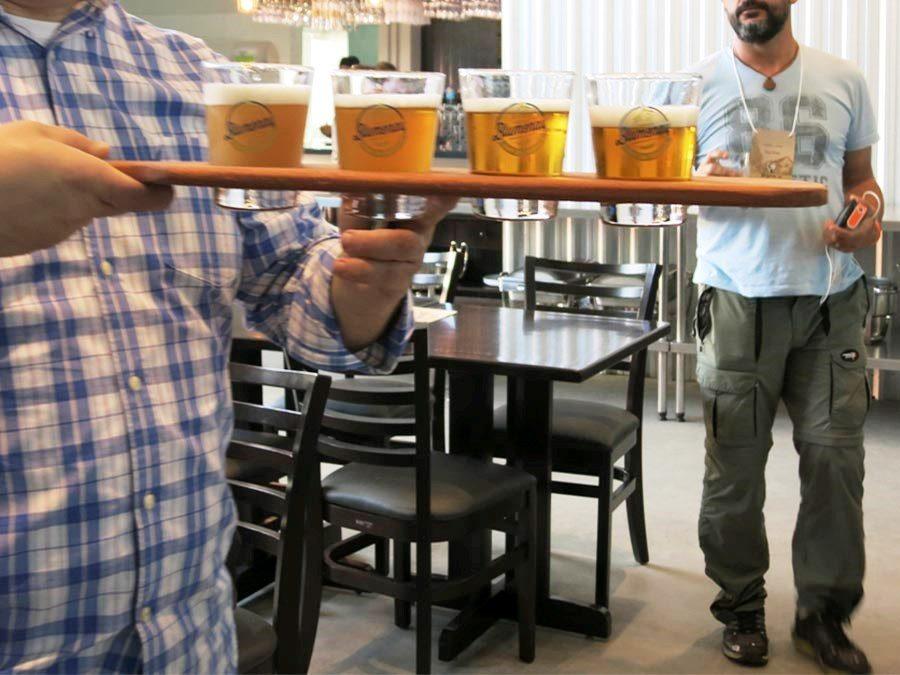 vale-da-cerveja-blumenau-santa-catarina-roteiro-cervejarias -cervejaria-blumenau-raquete