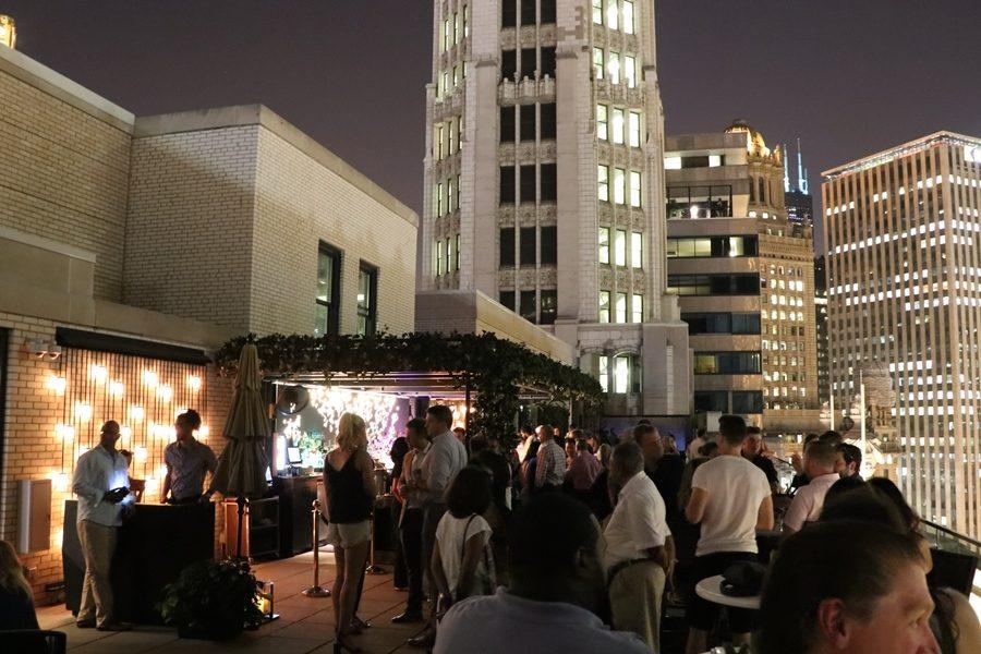 3-rooftops-em-chicago-london-house-chicago-bar-noite