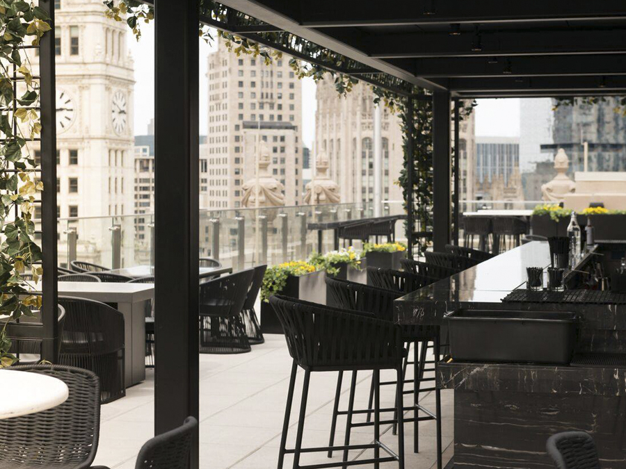 3-rooftops-em-chicago-london-house-chicago-bar